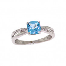 Val Casting 14k White Gold Ladies Cushion Blue Topaz Ring